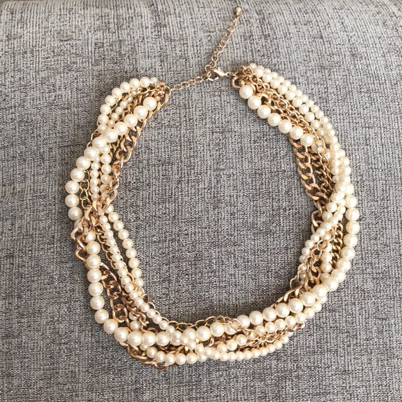 Forever 21 Jewelry - Multi strand necklace